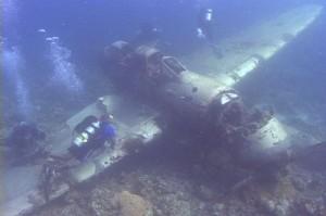 Laguna Truk - Samolot